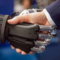 最も「AIの上司」を信頼する国はインド 日本は10カ国中5番目
