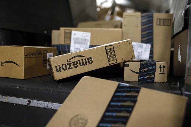 「突然無料サンプルが届く」Amazonの販促プログラム、2020年終了へ。不審がる消費者続出