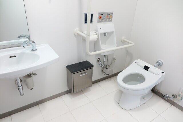 [画像] 渡部の「多目的トイレ不倫」が物議 設備メーカーも「悲しく、情けない限りです」