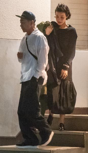 画像】木梨憲武&安田成美、夫婦独立説のなか西麻布での2