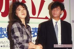 1985年1月公開の映画『愛・旅立ち』でW主演した近藤真彦と中森明菜