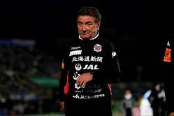 結果は3−0の快勝。しかしペトロヴィッチ監督は内容に顔をしかめた。写真:金子拓弥(サッカーダイジェスト写真部)