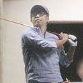 2011年、ゴルフに興じる矢作兼