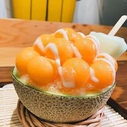 メロン丸ごと! すいか丸ごと! 果肉たっぷり「ビッグかき氷」が美味しそう