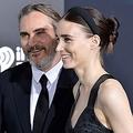 おめでとうございます! - 演技派カップル、ホアキン・フェニックス&ルーニー・マーラ  - Amy Sussman / WireImage / Getty Images