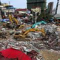 中国製ビル倒れ死者 カンボジア