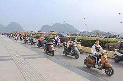 中国メディアは、「なぜ日本では電動バイクを見かけないのか」と題する記事を掲載した。日本で電動バイクが普及していない理由を分析している。(イメージ写真提供:123RF)