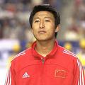 元サッカー中国代表DFの張恩華氏(2002年4月27日撮影)。(c)EMMANUEL DUNAND / AFP
