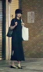 この日加藤綾子は夕方のニュースを終えると、局からそのままジムへ直行。すっきりした表情でジムを後にした