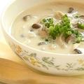 ヘルシーな豆乳を使った料理&スイーツ。お腹も身体も喜ぶ豆乳レシピを集めました。