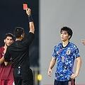 審判に求められる「覚悟」VAR導入は日本サッカー界への劇薬か