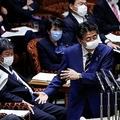 マスクの効果のある付け方 頬との隙間ができないように密着させる