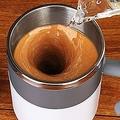 バッテリー不要で自動かき混ぜ ステンレスマグカップ「AUMIX」