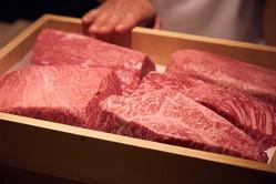〈小池克臣と行く、和牛百景〉和牛のおいしさを日本料理で伝える西麻布の名店