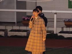 朝日杯FS 表彰式プレゼンター 飯豊まりえさん