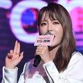 """""""論文盗作疑惑""""で韓国美人歌手が学位を返納…テレビ出演部分もお蔵入りに"""