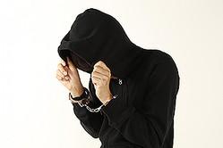 """成人なのに""""犯罪少年""""では、「厳罰化」の看板が泣く(写真はイメージ)"""