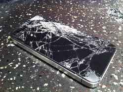 新iPhoneの修理費は2倍以上に? 保証サービスの有無で天国と地獄の違いになる
