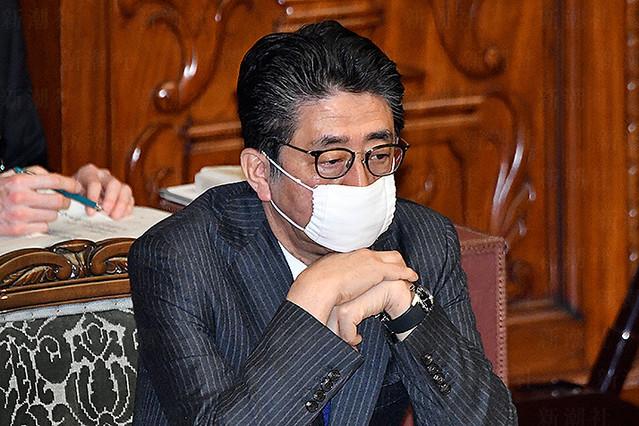 吉村知事の名前はタブー、支持率急降下「安倍官邸」7年半で最大ピンチの元凶