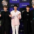 「BTSの関連商品は宅配しない」中国物流大手が宣言し、波紋広がる…一体なぜ?