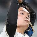 7回1死二、三塁、打者・甲斐の時、厳しい表情を見せる先発の伊藤大海