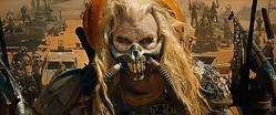 ご冥福をお祈りいたします - 映画『マッドマックス 怒りのデス・ロード』でイモータン・ジョー役を務めたヒュー・キース=バーンさん  - Warner Bros. / Photofest / ゲッティ イメージズ