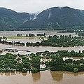 水に漬かった北漢江のチャラ島(加平郡提供)=(聯合ニュース)≪転載・転用禁止≫
