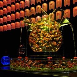 日本橋に龍宮城!?金魚が舞い踊る「アートアクアリウム 2017」で江戸情緒あふれる涼を体感
