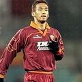 ローマのスクデット獲得に貢献した中田は今もファンから愛されている。(C) Getty Images