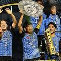 今季のリーグ戦で優勝し、4年連続でタイトルを獲得している川崎フロンターレ。写真:金子拓弥(サッカーダイジェスト写真部)