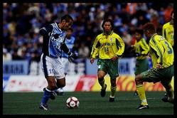 2000年にデビューし、翌年の開幕戦でプロ初ゴール。しかし、対戦チームの強さと華麗さに圧倒されたという。(C)SOCCER DIGEST