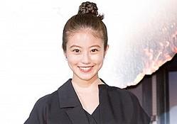 『メン・イン・ブラック:インターナショナル』初日舞台挨拶に登場した今田美桜 クランクイン!