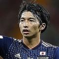 ロシアW杯で日本の中盤を支え、チームの躍進を引っ張った柴崎。早くもメルカートの世界から興味深いオファーが舞い込んだようだ。 (C) Getty Images