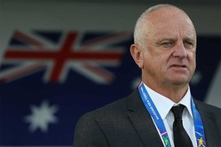 オーストラリア代表を率いるアーノルド監督【写真:Getty Images】