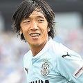 中村俊輔/1978年6月24日生まれ、神奈川県出身。日本サッカー界に、その名を轟かせてきたレフティ。戦術眼の高さや左足から放たれるFKの精度は、39歳を迎えた今なお錆びつかない。(C)SOCCER DIGEST