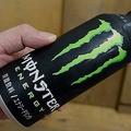 日本限定の新商品 モンスターエナジーのボトル缶を飲んでみた