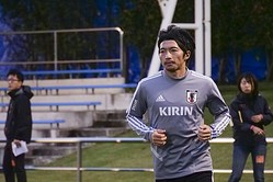 """""""ホーム初戦""""の怖さを知る柴崎…「いいサッカーをして勝つことだけが日本代表としての価値を示せる唯一の方法」"""