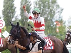 【WASJ第3戦】美しすぎる女性騎手M.ミシェルが暫定首位!スワーヴアラミスで勝利