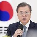 文在寅大統領の強硬姿勢を支える民意とは(韓国大統領府提供。時事通信フォト)
