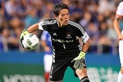 昨シーズン限りでの現役を引退を発表した富山GK榎本。※写真は横浜時代 (C)SOCCER DIGEST