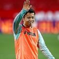 バレンシア戦で4試合連続のベンチスタートとなった久保。(C)Getty Images