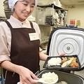 JA全中が運営する「ミノーレ」では温かいご飯を入れる弁当が好評だ(東京・大手町で)