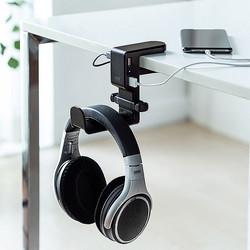 サンワサプライからデスクや棚に挟むだけで簡単に取り付けできるUSBポート付きのヘッドホンフック