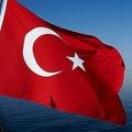 トルコ当局が経済の混乱狙う「偽ニュース」を捜査開始 噂に警告