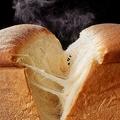 日本初 牛乳食パン専門店が開店