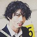 『ニッポンノワール−刑事Yの反乱−』で主演の賀来賢人 (画像は『賀来賢人 2019年10月7日付Instagram「ニッポンノワール」』のスクリーンショット)