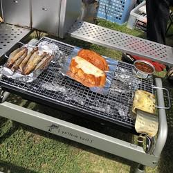 ダイソーの「使い捨てBBQコンロ」は炭&着火剤つきのスグレモノ!簡単にアウトドア飯を楽しもう|マイ定番スタイル
