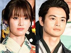 (左から)深田恭子、瀬戸康史