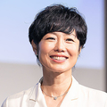 フリーアナウンサーの有働由美子