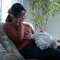 コロナ禍で子育てママの環境は深刻に?女性を苦しめる「産後うつ」